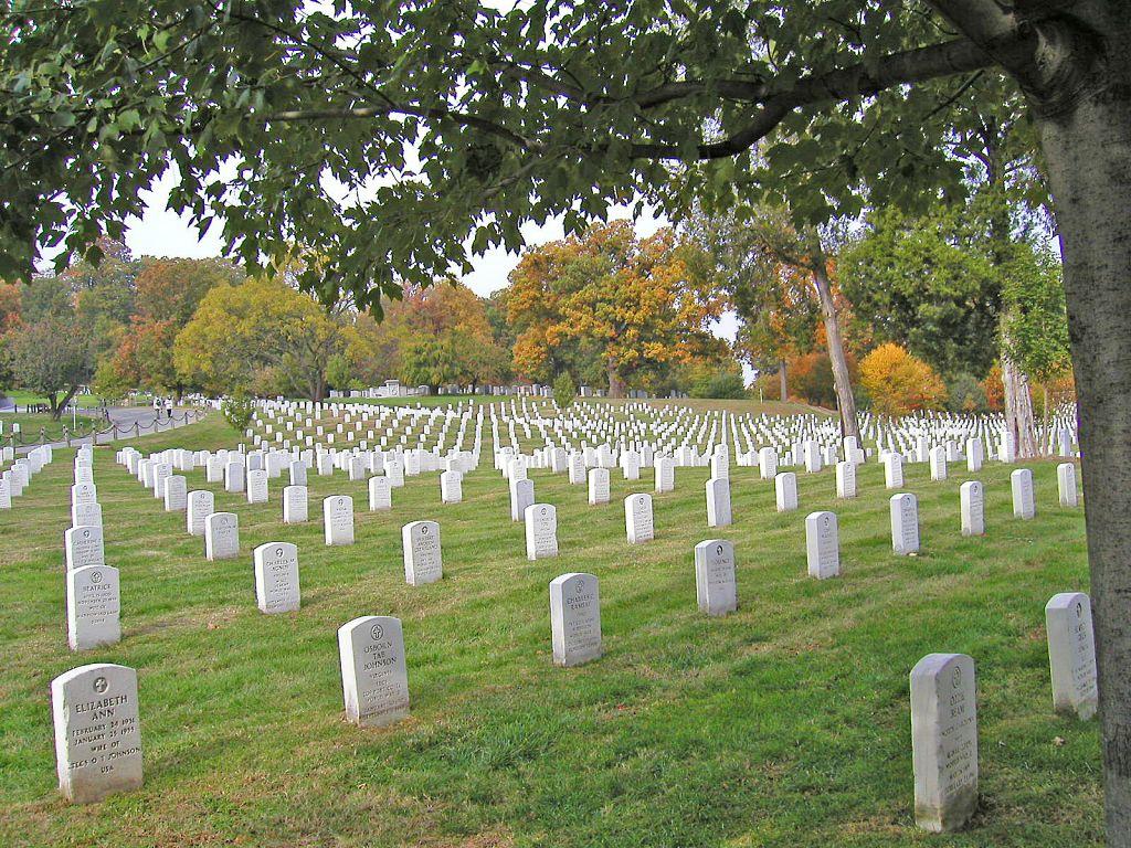 アーリントン 墓地